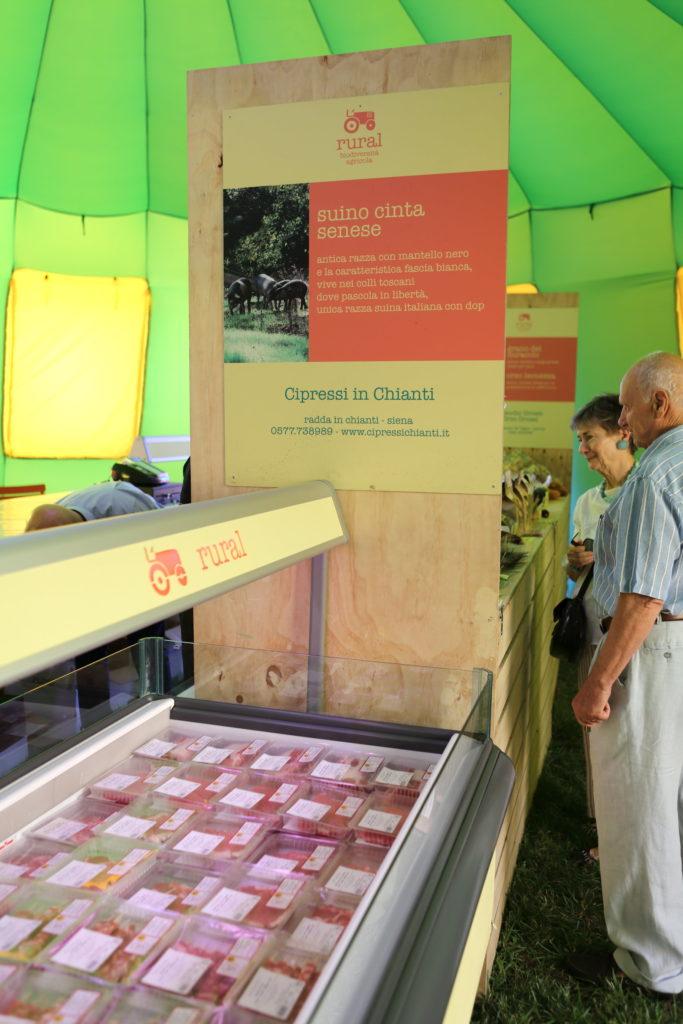 Affichage réfrigéré de charcuterie Cipressi in Chianti
